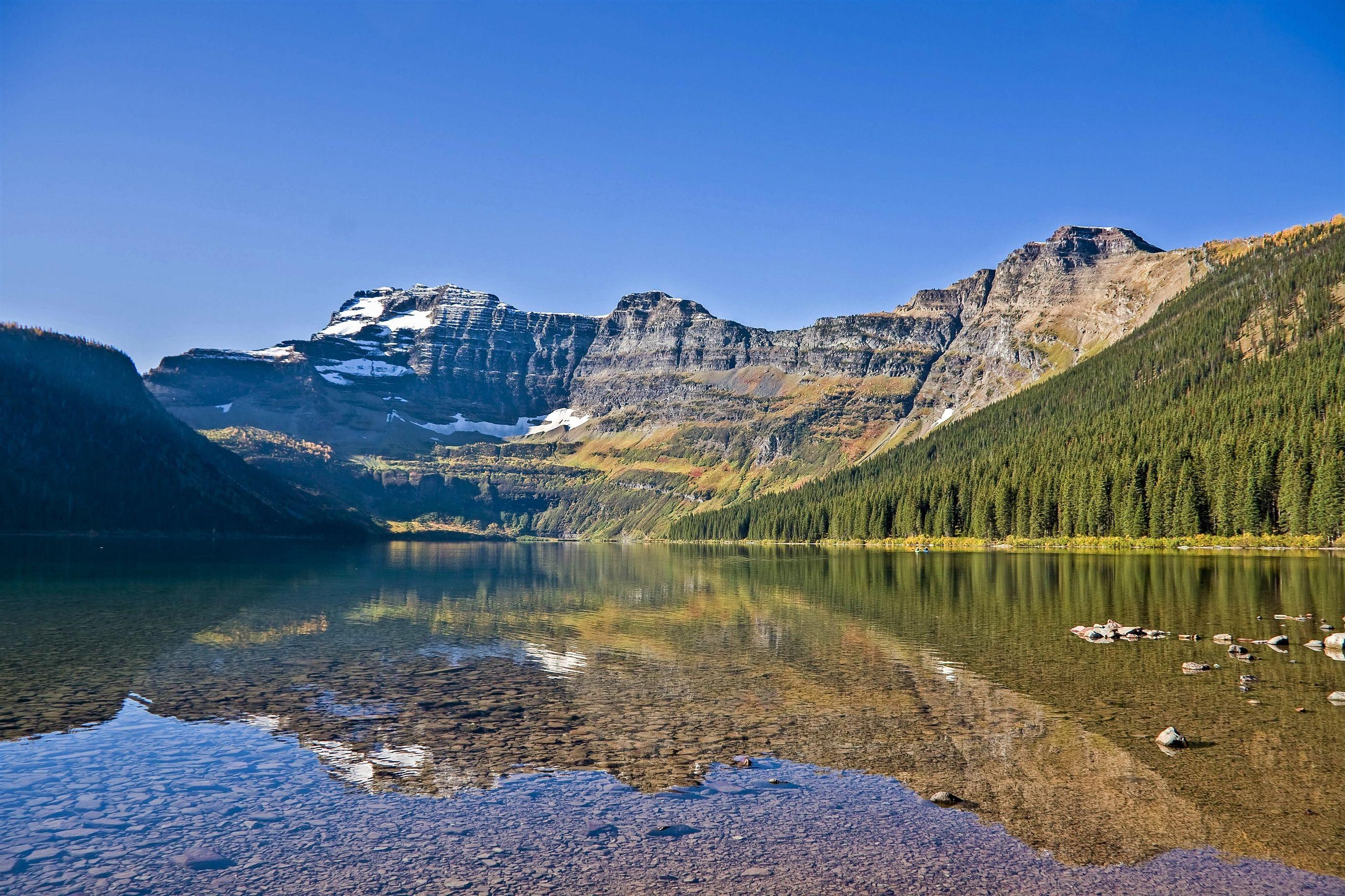 Canada-Waterton-National-Park-1_1_503356 Canada