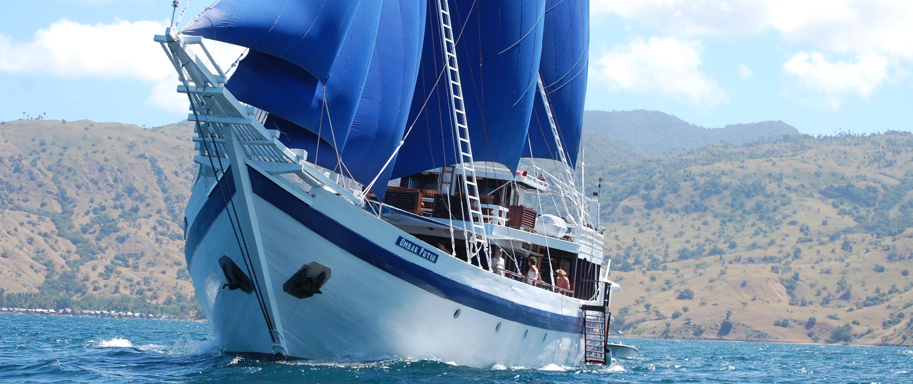 Bouwsteen Luxe cruise met Ombak Putih of Katharina