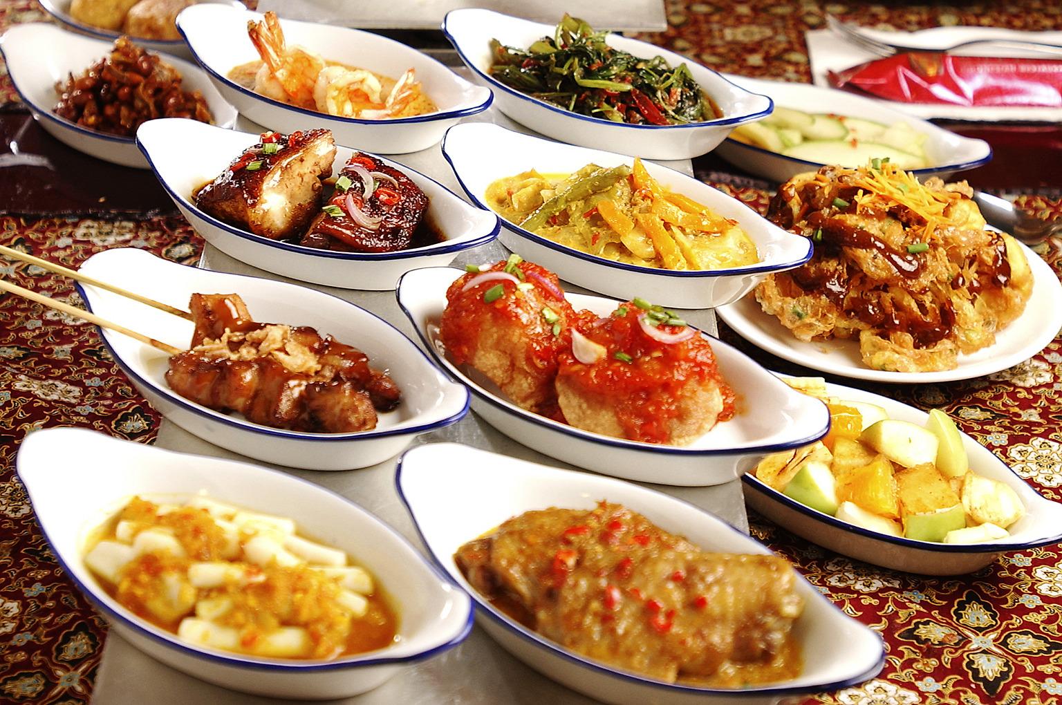 Blog indonesi indische rijsttafel van verre reizen for Indische tur